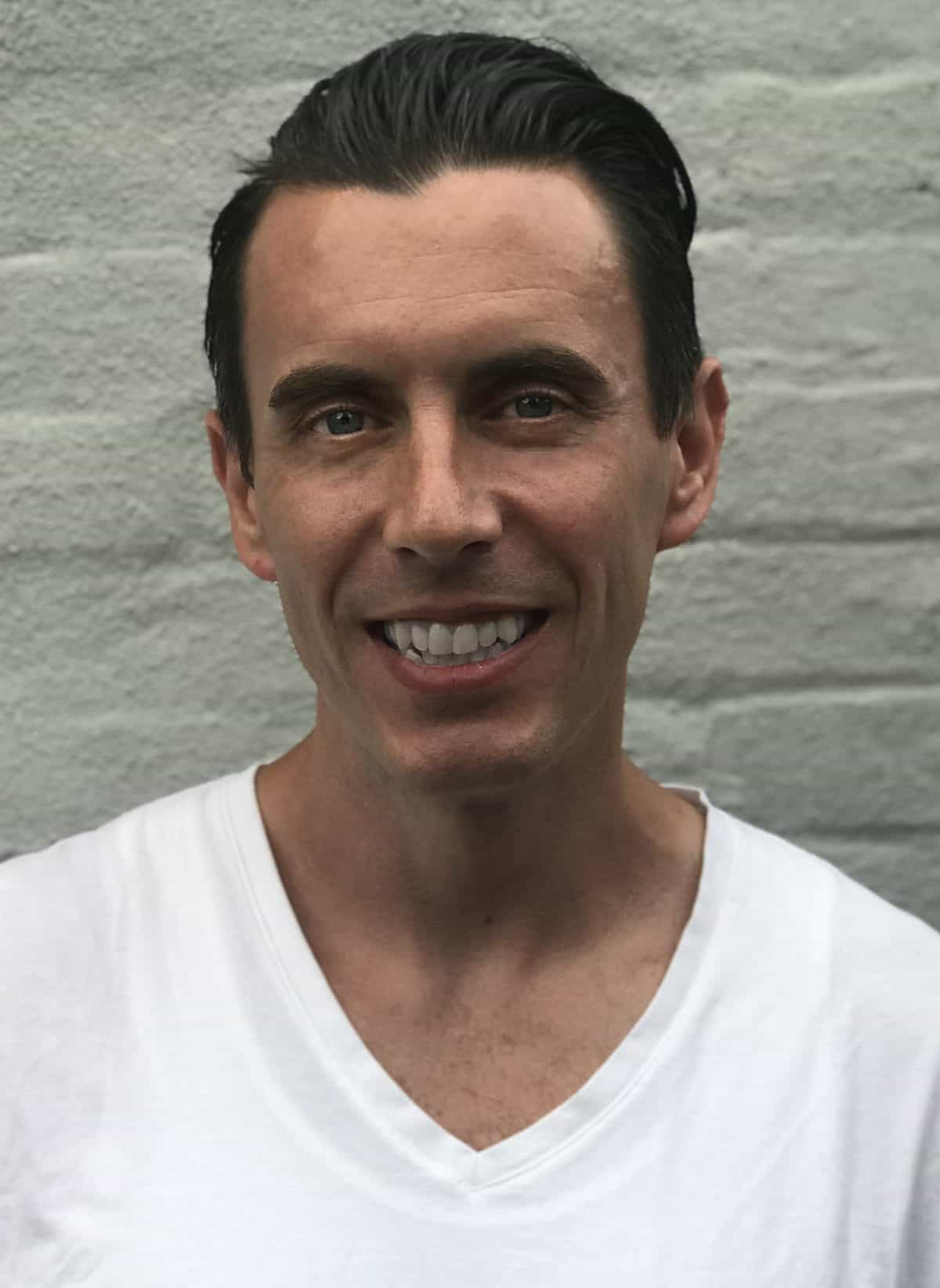 Dr. Michael Comiskey